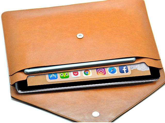 iPad Pro 12.9 (2020) Leather Pouch