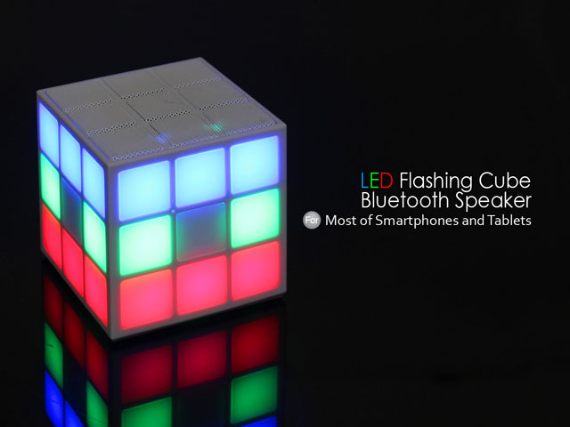 LED Flashing Cube Bluetooth Speaker