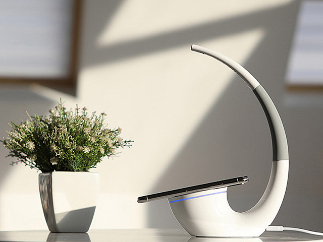 NILLKIN Phantom Wireless Charger Lamp